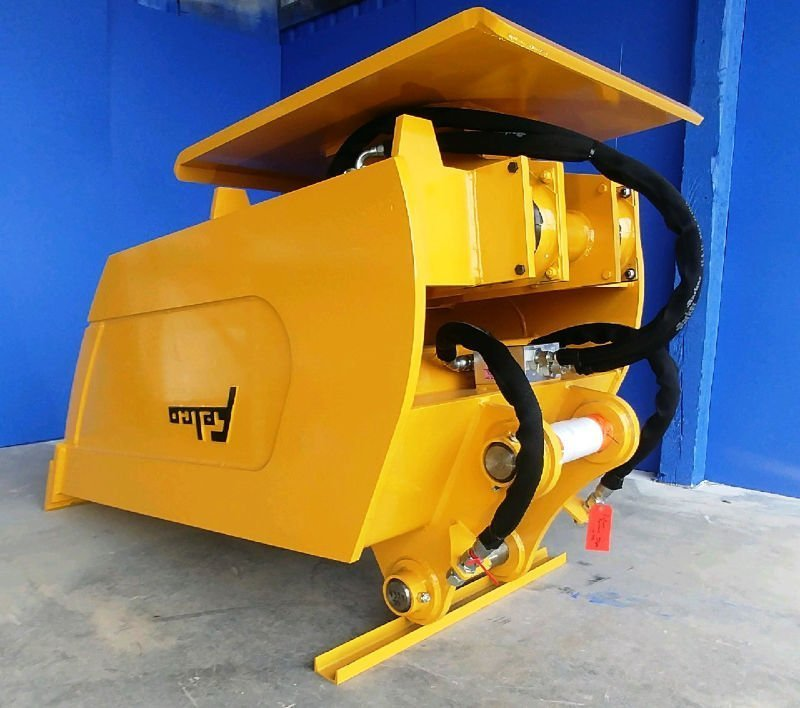 Felco 36 x 60 Vibratory Compaction Bucket with an Allied 1600 Compactor