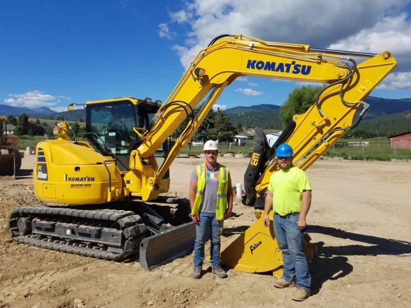 Komatsu Excavator with Felco bucket
