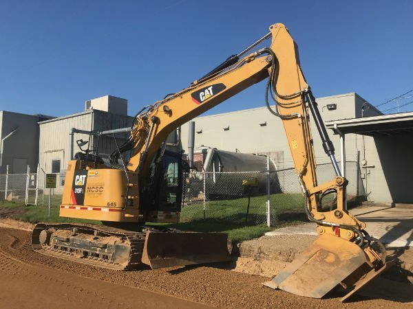 SIDE SHOT CAT 315F